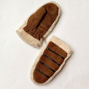 Vintage Leather & Sherpa Mittens